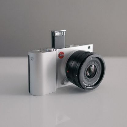 Imagen de Leica T Mirrorless Digital Camera
